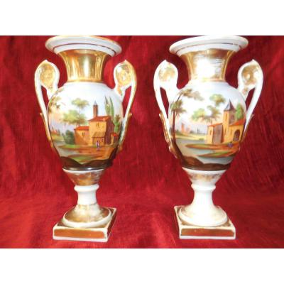 Paire De Vases Ansés Porcelaine De Paris Début XIX Em Tbe H 22.cm