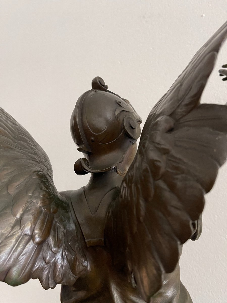 "Sculpture en bronze ""La Victoire"" de Marioton-photo-4"