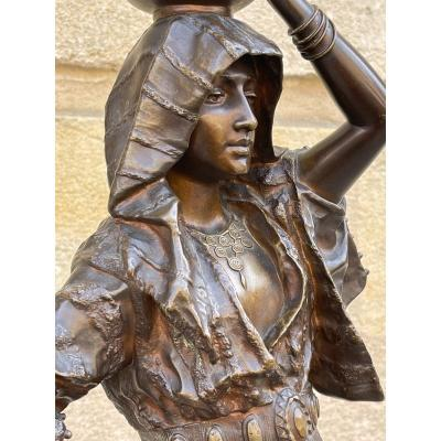 "sculpture en bronze ""Rebecca"" de Leroux"