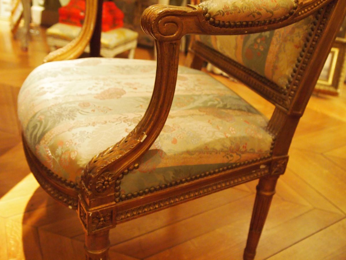 Paire De Fauteuils En Bois Doré Style Louis XVI-photo-3