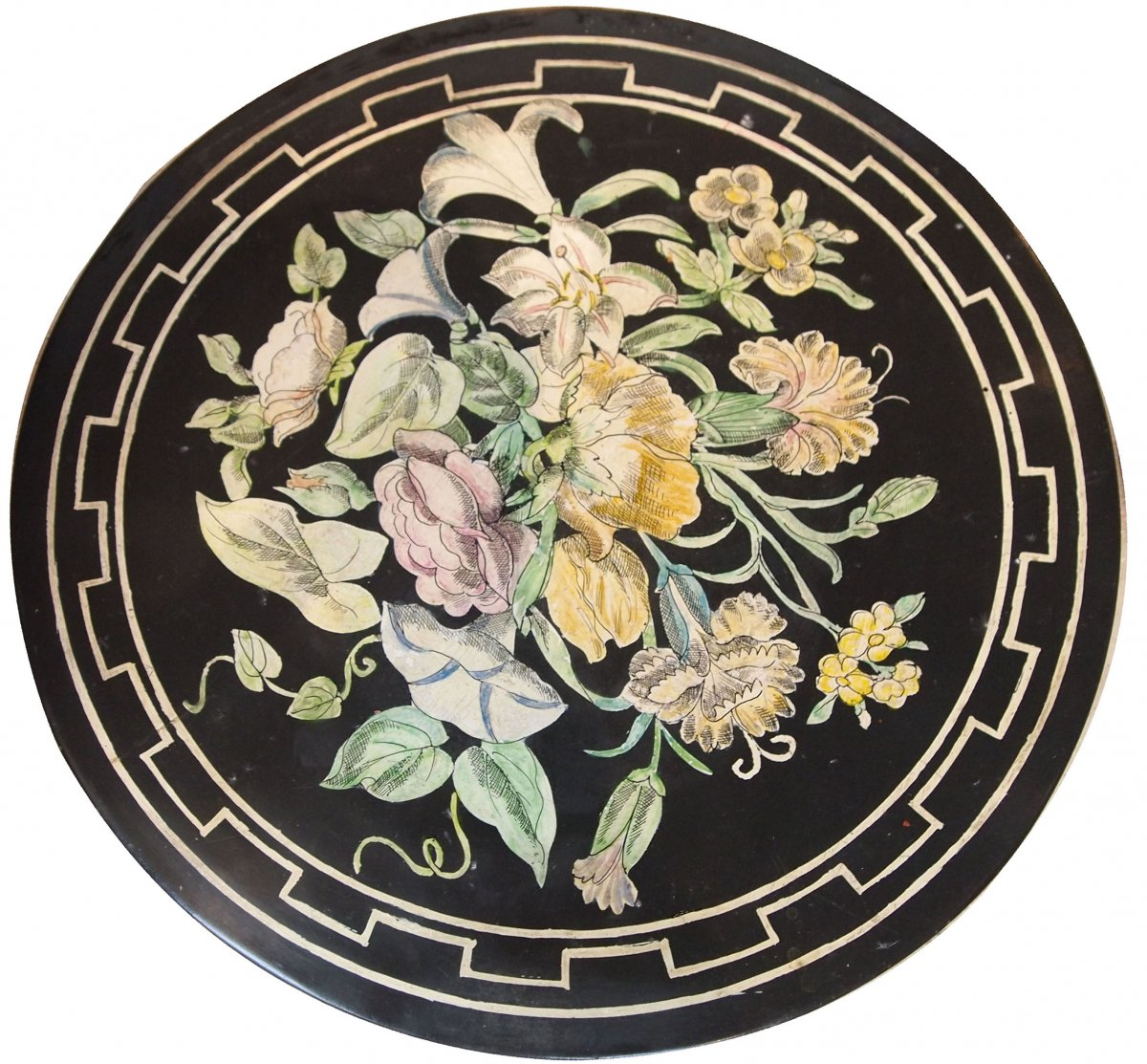 A Round Scagliola Tray With Flower Decor Ep 19th