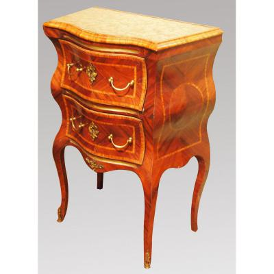 Small Dresser Curved, Italy, Eighteenth Century