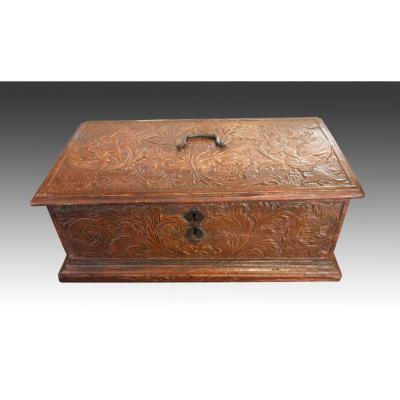 Box, Italy, XVII Century