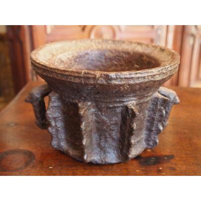 Mortier En Fonte de Fer, 15e-16e Siècles