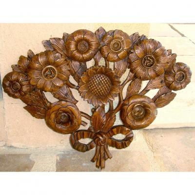18th Century Floral Decor