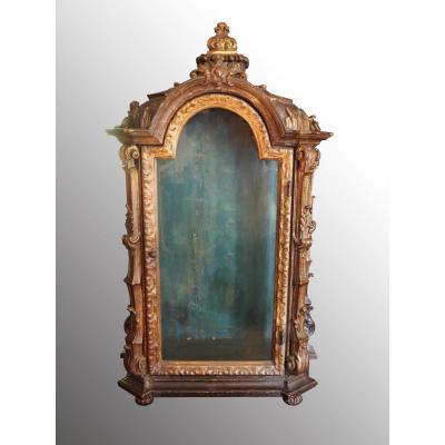 Small Showcase Wood Polychrome, End Seventeenth Century
