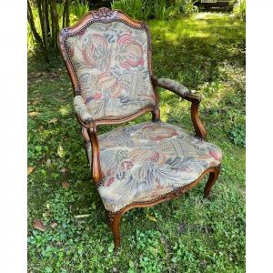 Louis XV Period Armchair In Natural Wood