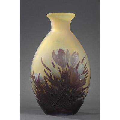 Vase Soufflé Aux Crocus - Ets Gallé
