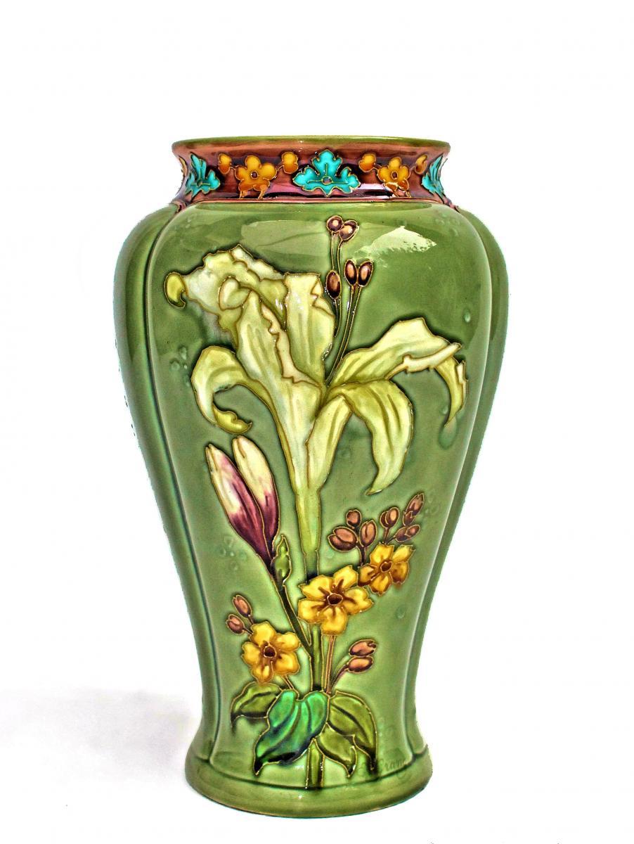 Sèvres Vase en faïence Art Nouveau circa 1900