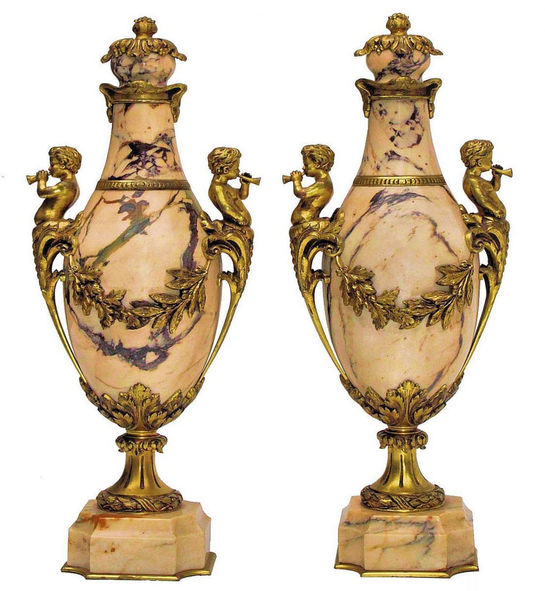Paire De Grands Vases Napoléon III Marbre Et Bronze Doré