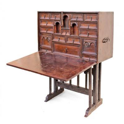 """Cabinet de voyage """"Bargueno"""" époque XVIIe"""