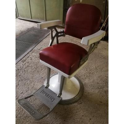 Barber chair design years 50-60.<br />