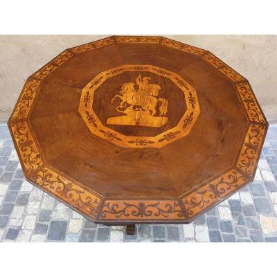 Table Dodécagonale Incrustée d'érable Et Noyer Avec Saint Georges Et Le Dragon, Rome, Debut XIX