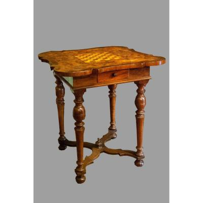 Table From The Beginning Of The 1700s, From Lombardy, In Walnut And Walnut Heather.