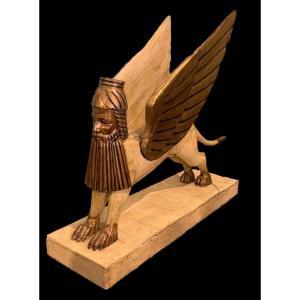 Sphinx Ailé, En Bois Laqué Et Doré, Utilisé à Des Fins Théâtrales