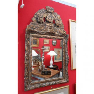 Miroir à Fronton en Bois Doré, d'époque XVIIIème