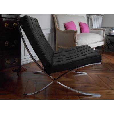 Barcelona Chair de Ludwig Mies van der Rohe, édité par Knoll