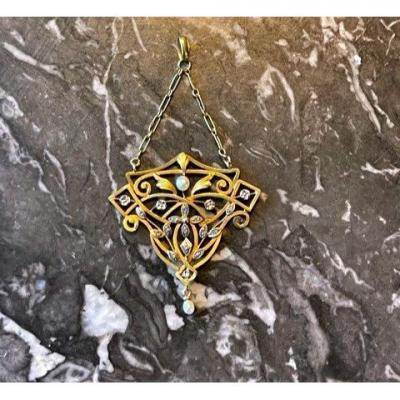 Pearls And Diamonds Pendant