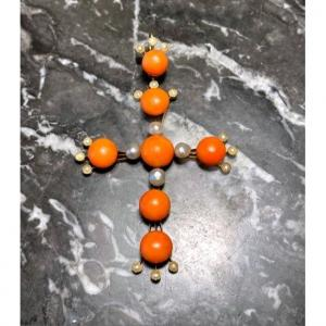 XIXth Cross In Coral And White Pearls