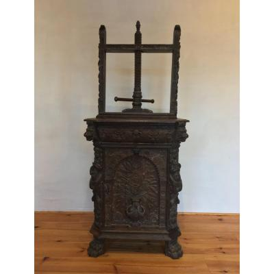 17th Century Renaissance Binding Press, Oak
