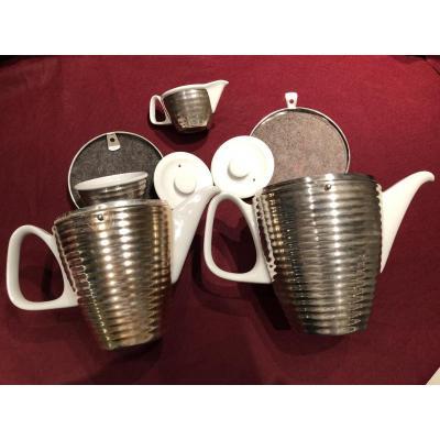 Verseuses porcelaine et métal argenté ((Garde-chaud)