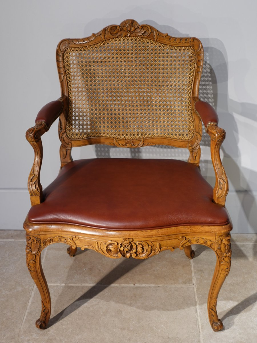 Fauteuil de bureau Régence, en hêtre, d'époque XVIII°