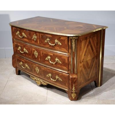 French Chest Of Drawers Attributed To Thomas Hache, Early 18th Century