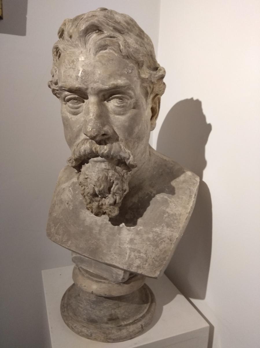 La Sculpture En Plâtre De Napoleone III