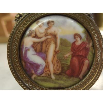 Small Scene Al Antique Medallion Painted On Porcelain 19 Eme