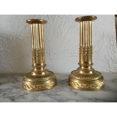 Paire De Bougeoirs En Bronze Doré Au Mercure époque Louisxvi