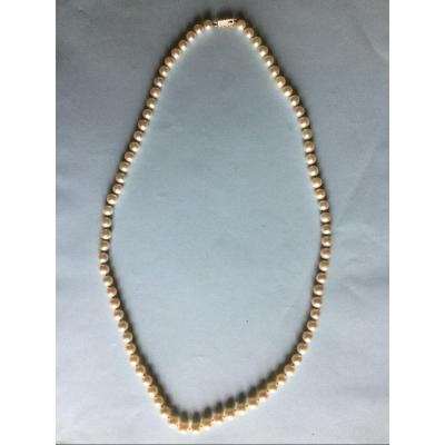 Pearl Necklace Gold Clasp Length 56.5 Cm Bead Diameter 6mm