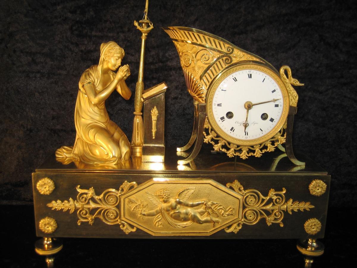 "Pendule XIXème Bronze Dore""l'art d'Aimer d'Ovide"""