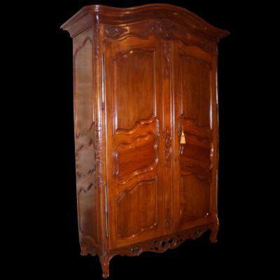 armoire ancienne sur proantic louis xiv r gence. Black Bedroom Furniture Sets. Home Design Ideas