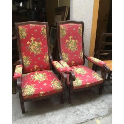 Du grenier d'un château, suite succession : paire de fauteuils acajou