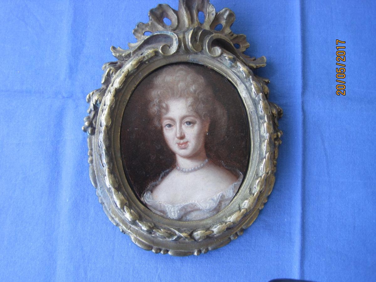 Ecole Française, Miniature Portrait Sur Cuivre d'Une Dame, XVIIIe