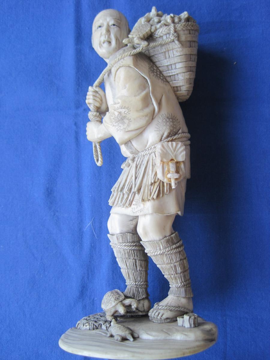 "Okimono In Ivory ""turtle Fisherman"", Japan End XIX-xxth Century"