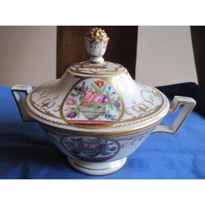 Ecuelle et son Présentoir En Porcelaine Nast, Fin Du XVIIIe