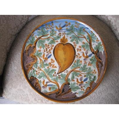 "Maiolica Dish On Foot  (""alzata"")  Painted With Birds And Foliage. Italy, XVIIth"