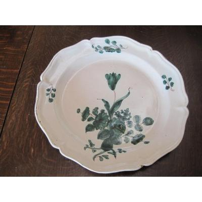 Large Maiolica Dish, Green Decor With Flowers And Foliage, South Italy, XVIIIth