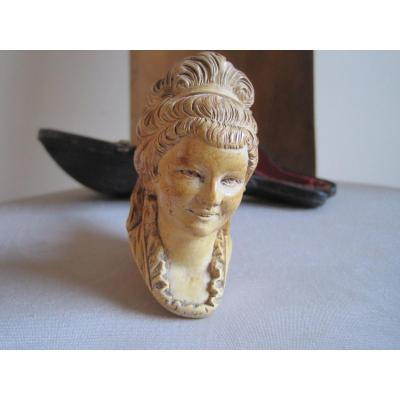 Meerschaum Pipe Representing The Face Of A Young Woman. Beginning Of The XXth Century