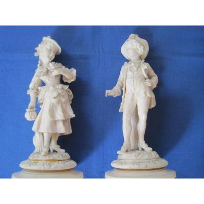 Paire De Figurines Garçon Et Jeune Fille En Ivoire, Dieppe, France 1880