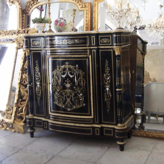 Grand meuble d 39 appui incrustations nacres fleurs et for Meuble qui s emboite