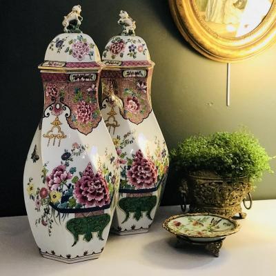 Grande Paire Pots Couverts Torsadés Porcelaine