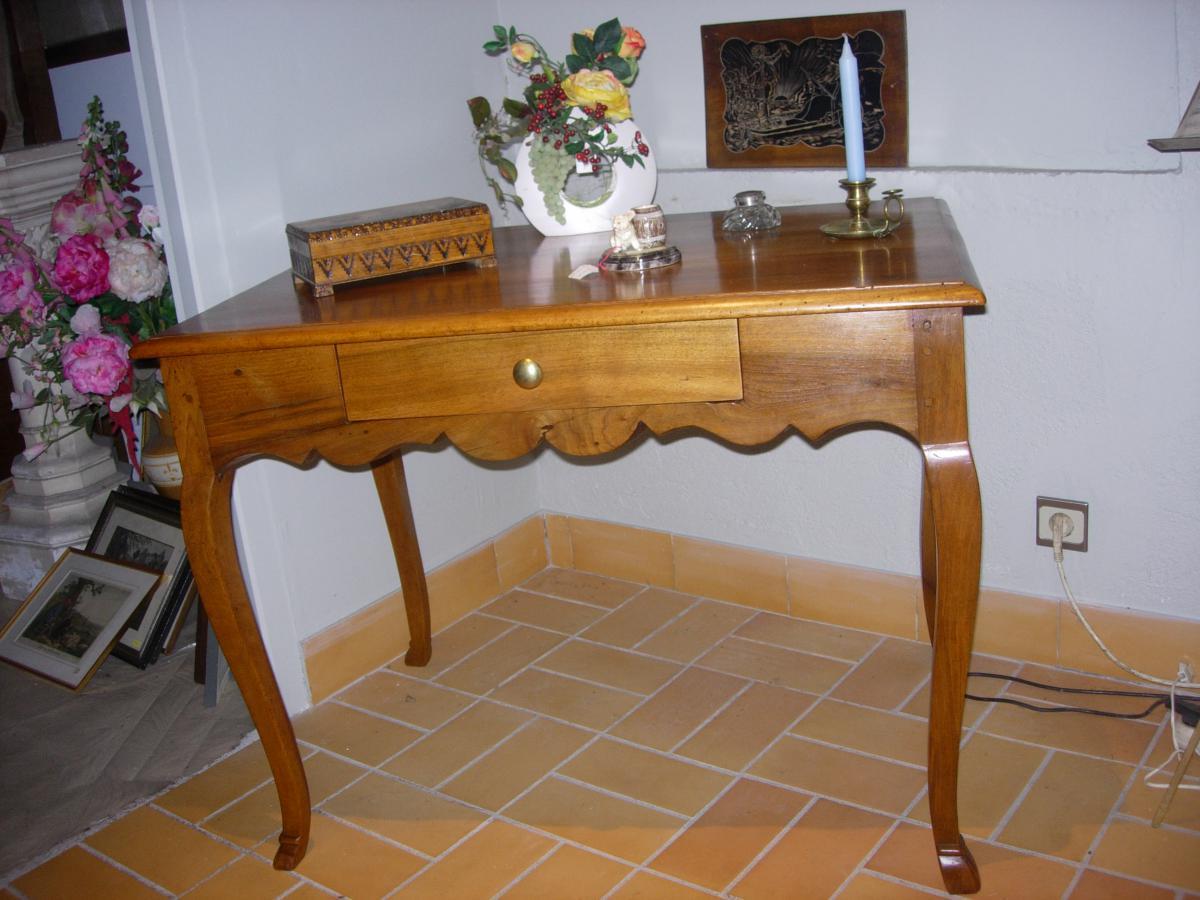Table Bureau En Noyer  18ème