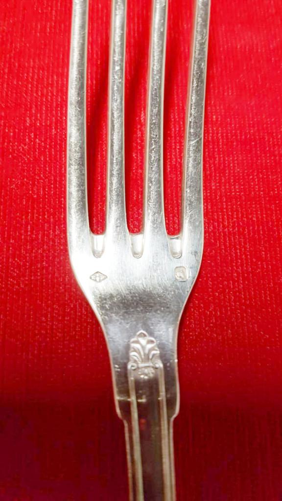 Puiforcat Argenterie : 12 Fourchettes Et 12 Cuillères à Soupe Argent Massif -photo-4