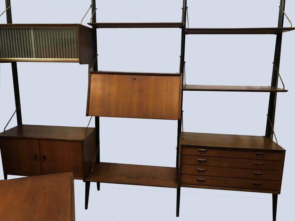 4 Modular Wall Shelves 3 + 1  - Royal System Modèl Poul Cadovius 1959