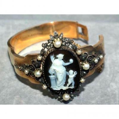 Parure de bijoux OR 18 K- Camée-3 pièces: bracelet-pendentif-bague Napoléon III