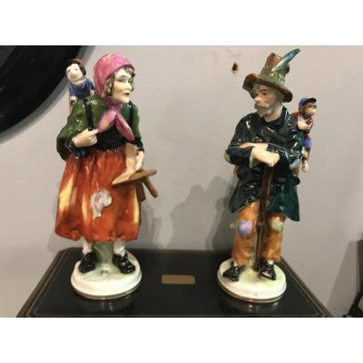 Couple Vagabonds Et Animaux En Porcelaine Polychrome - Dresde  Saxe