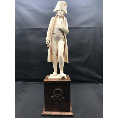 Ivory - Napoleon 1st Statue In Frock Coat - Wooden Base - XIXth