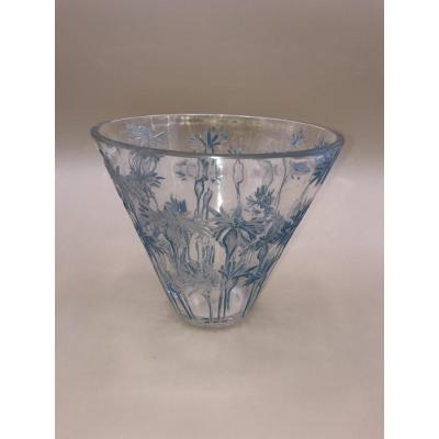 Blueberry Vase - R.lalique From The Acid Seal - Pressed White Molded Glass